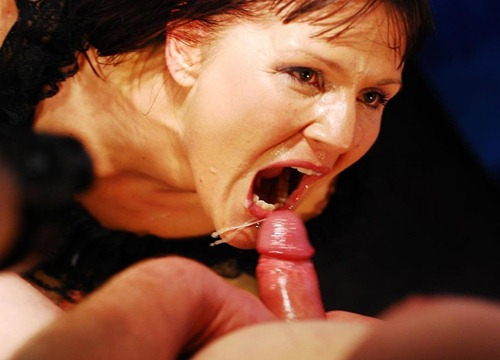 german-goo-girls-brunette-milf-swallowing-all-the-jizz-she-gets